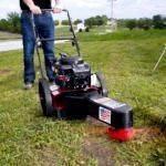 Как пользоваться триммером для травы