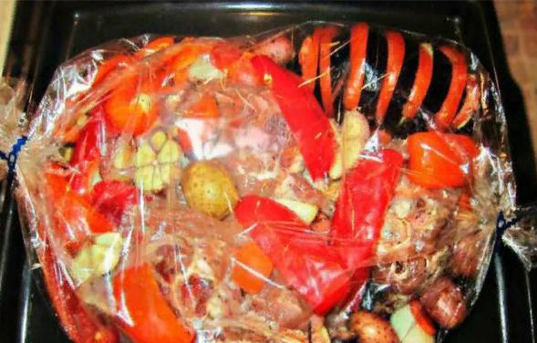Как тушить овощи в духовке