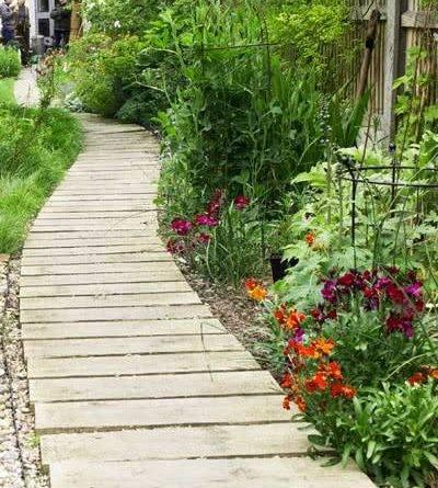 Устройство садовых дорожек на даче
