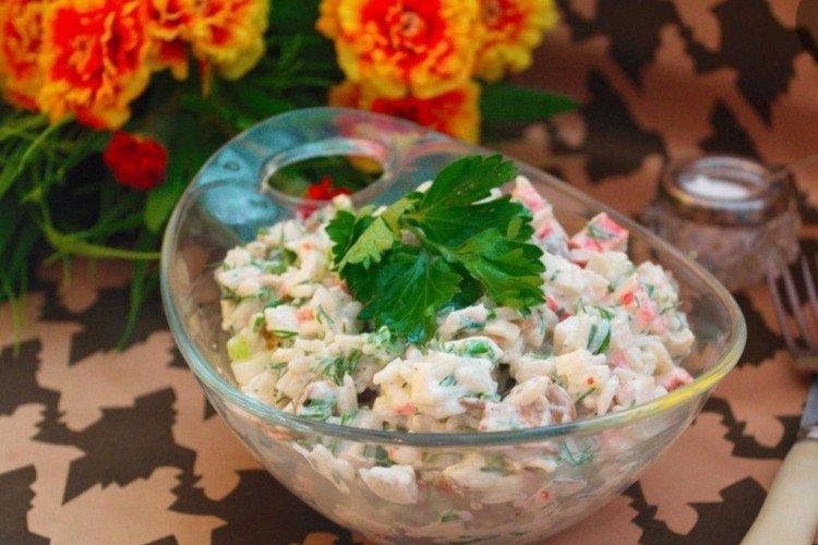 Салат из замороженных грибов