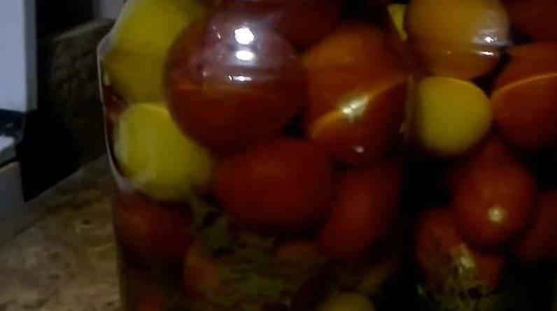 Рецепт помидоры с морковной ботвой