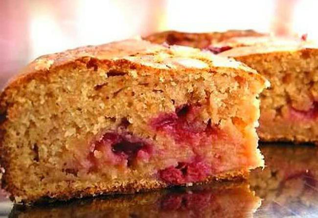 Пирог с яблоками и малиновым вареньем — Сад и огород