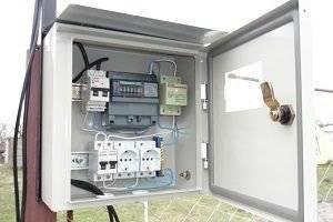 Установка счетчиков электроэнергии на столбах