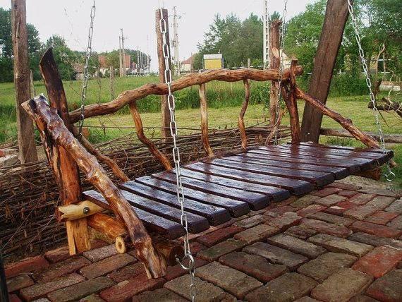 Скамейки с навесом
