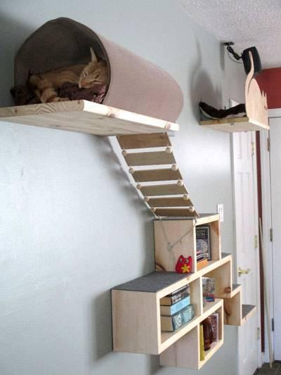 Полки для котов