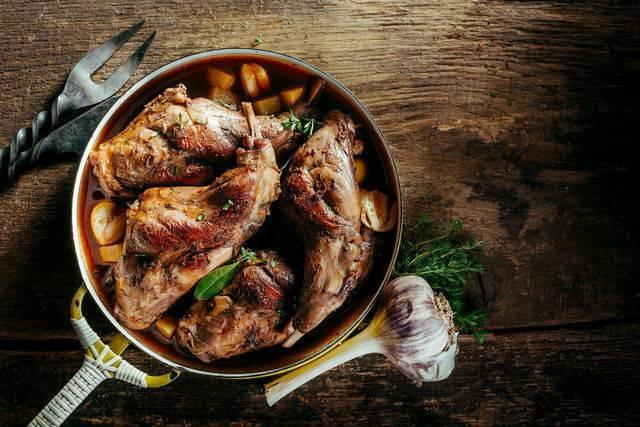 Диетические блюда из кролика рецепты с фото