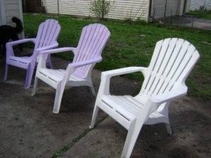 Чем покрасить стул из дерева