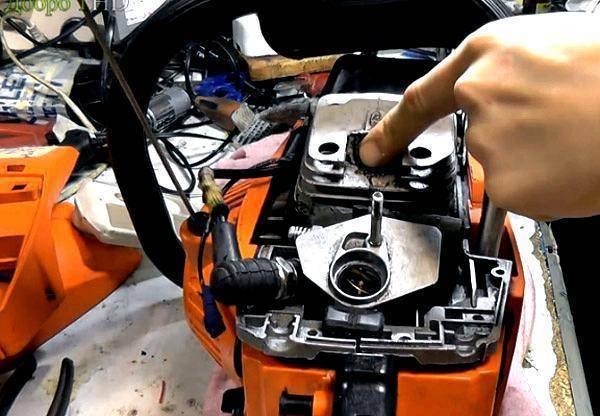 Как почистить воздушный фильтр на бензопиле