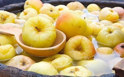Рецепт моченых яблок с горчицей