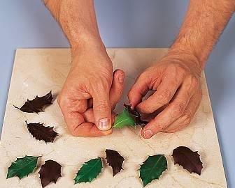 Как украсить пирожное