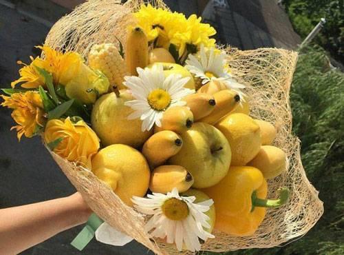 Красиво упаковать букет цветов