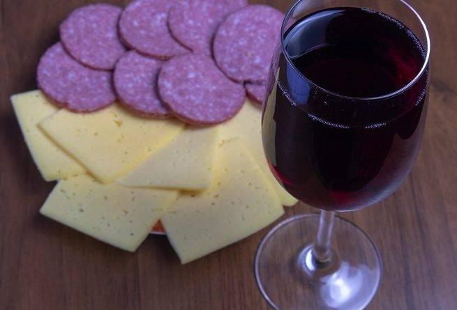 Вино из кодрянки