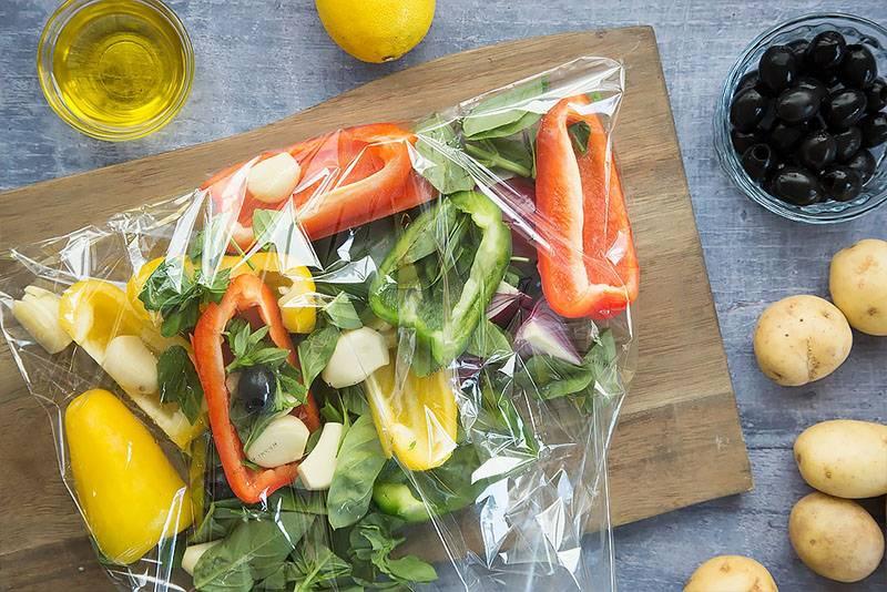 Сколько по времени запекать овощи в духовке
