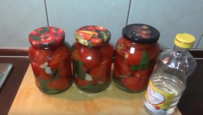 Как замариновать помидоры быстрого приготовления