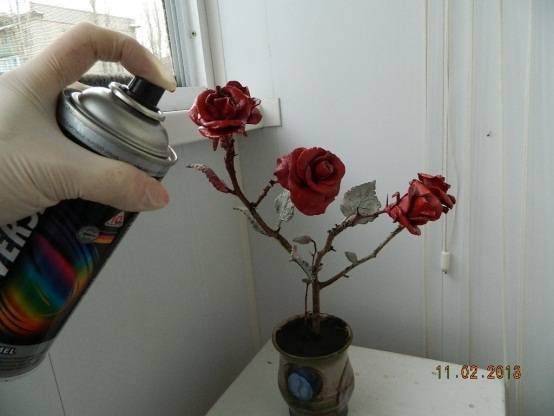 Розы из листьев березы