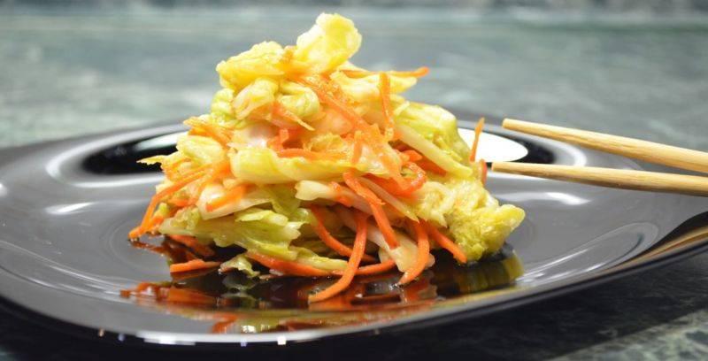 Как замариновать капусту с морковью