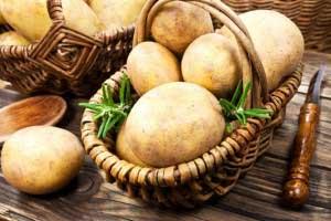 Сырой картофель для кожи