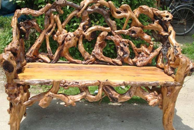 Поделки из корней деревьев для дачи
