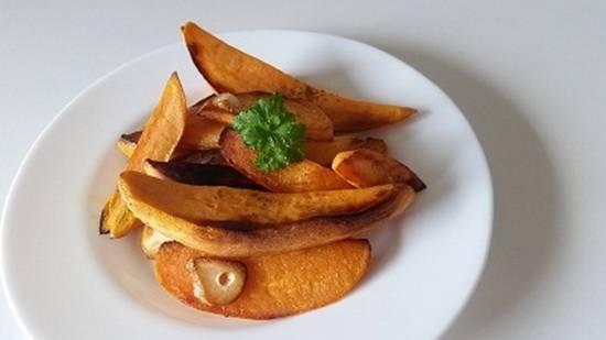 Жареный сладкий картофель