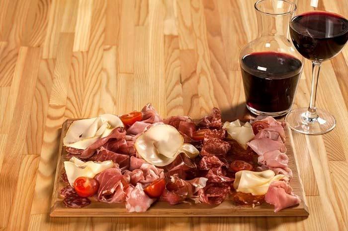 Приготовление домашнего виноградного вина простым способом