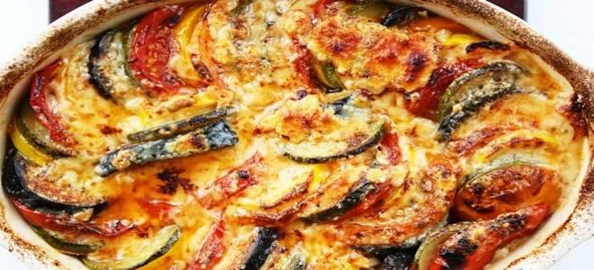 Баклажаны запеченные в духовке с помидорами