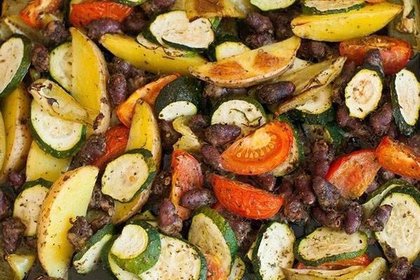 Как правильно запечь овощи в духовке